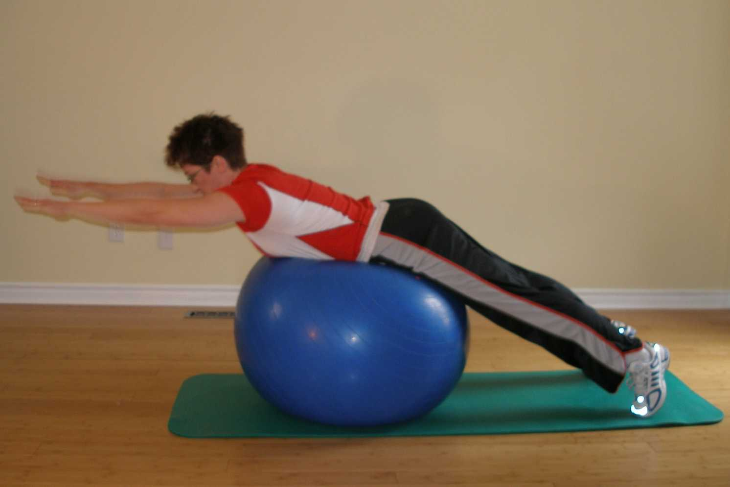 back extension on ball finish