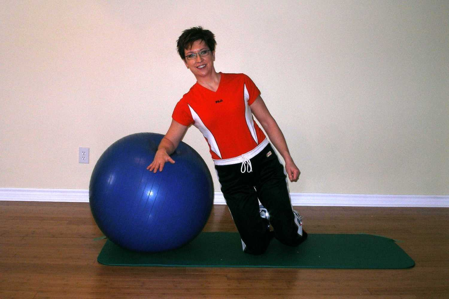 side plank on the exercise ball