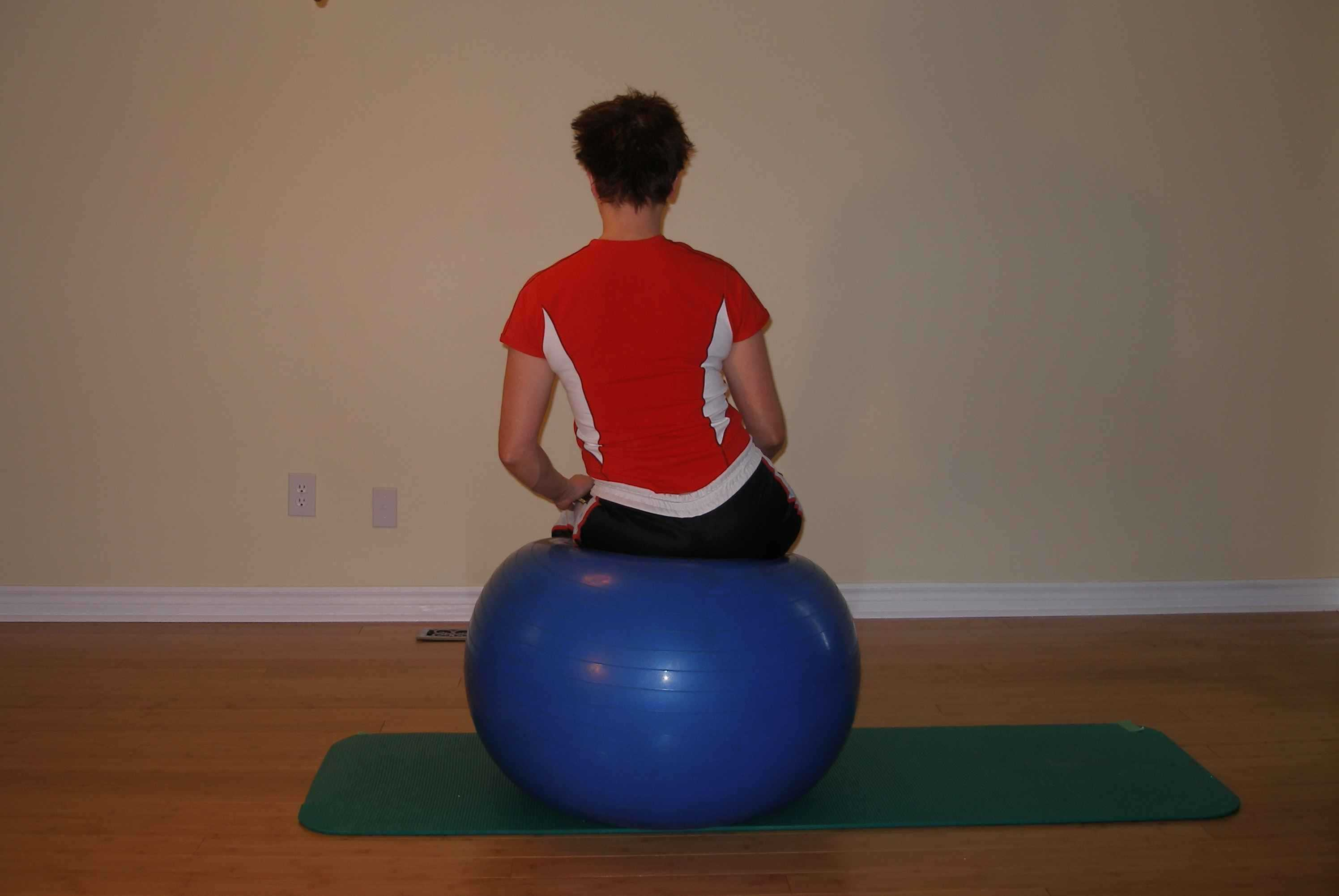exercise ball pelvic lateral shift position 2