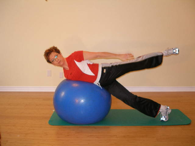 exercise ball trunk roll 2 finish