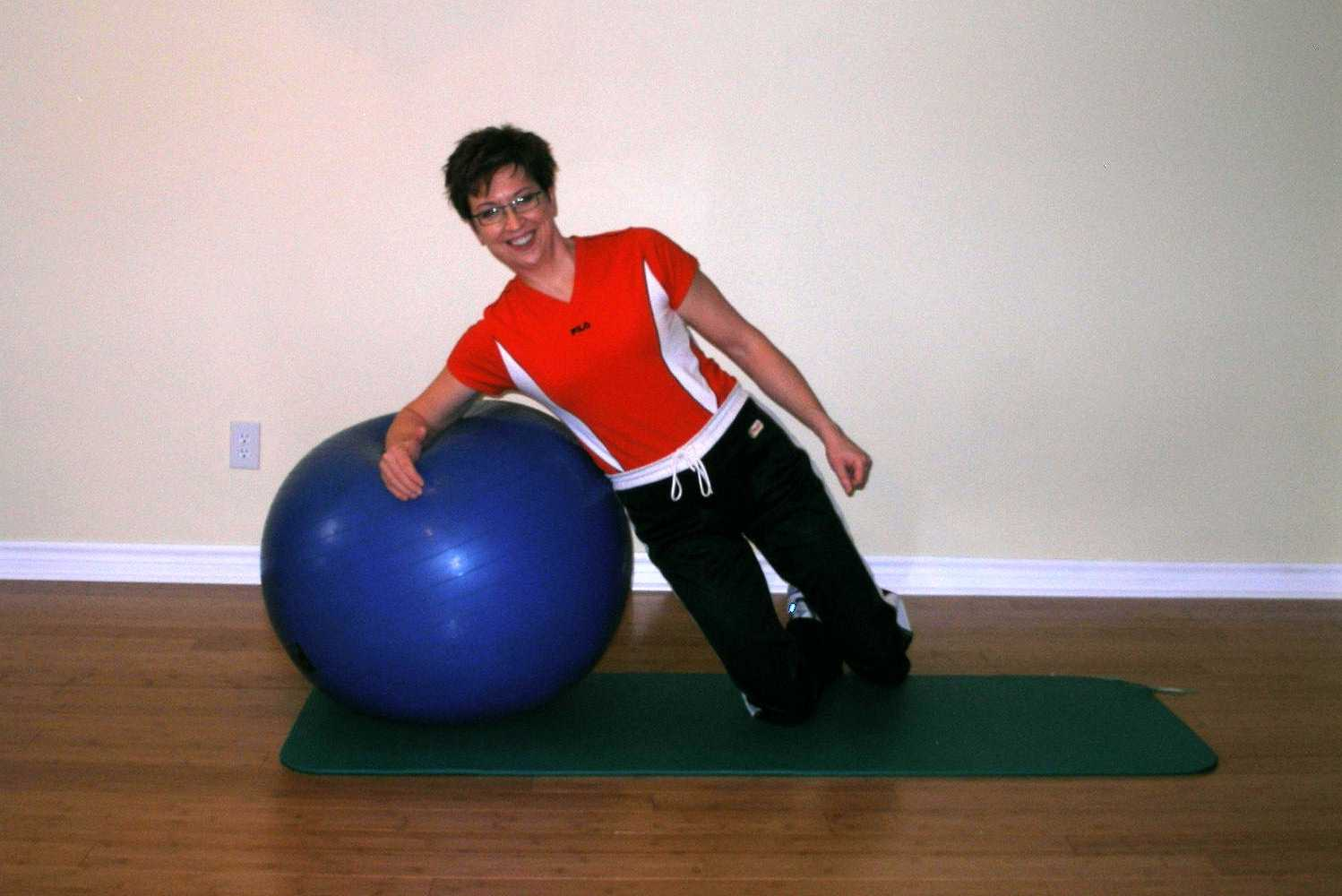 rolling side plank on the exercise ball