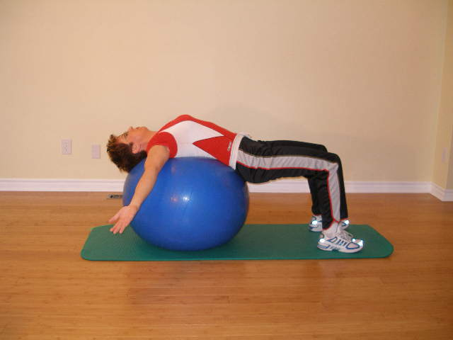 pec stretch on the exercise ball