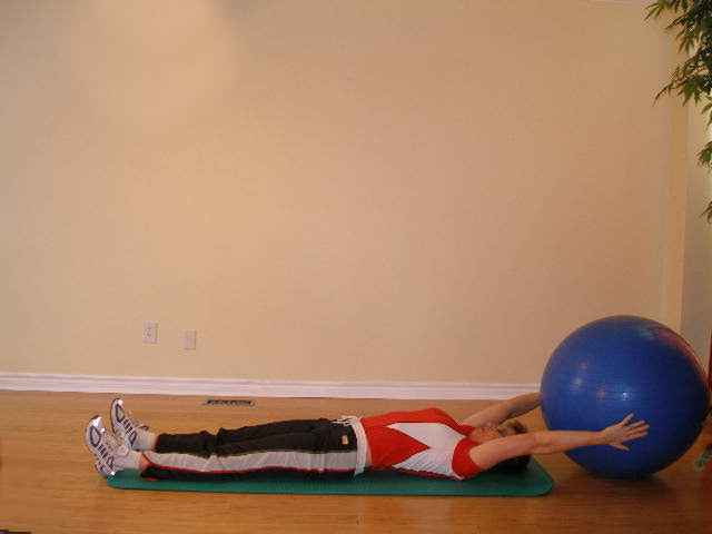 exercise ball hand off start position
