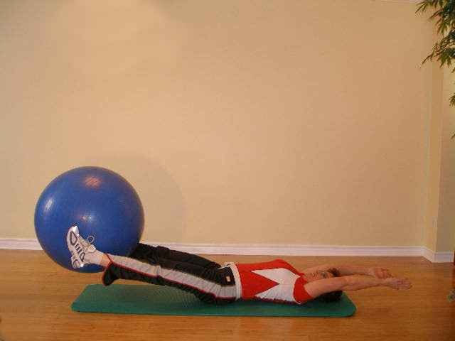 exercise ball hand off final position