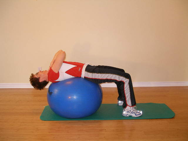 exercise ball oblique crunch start
