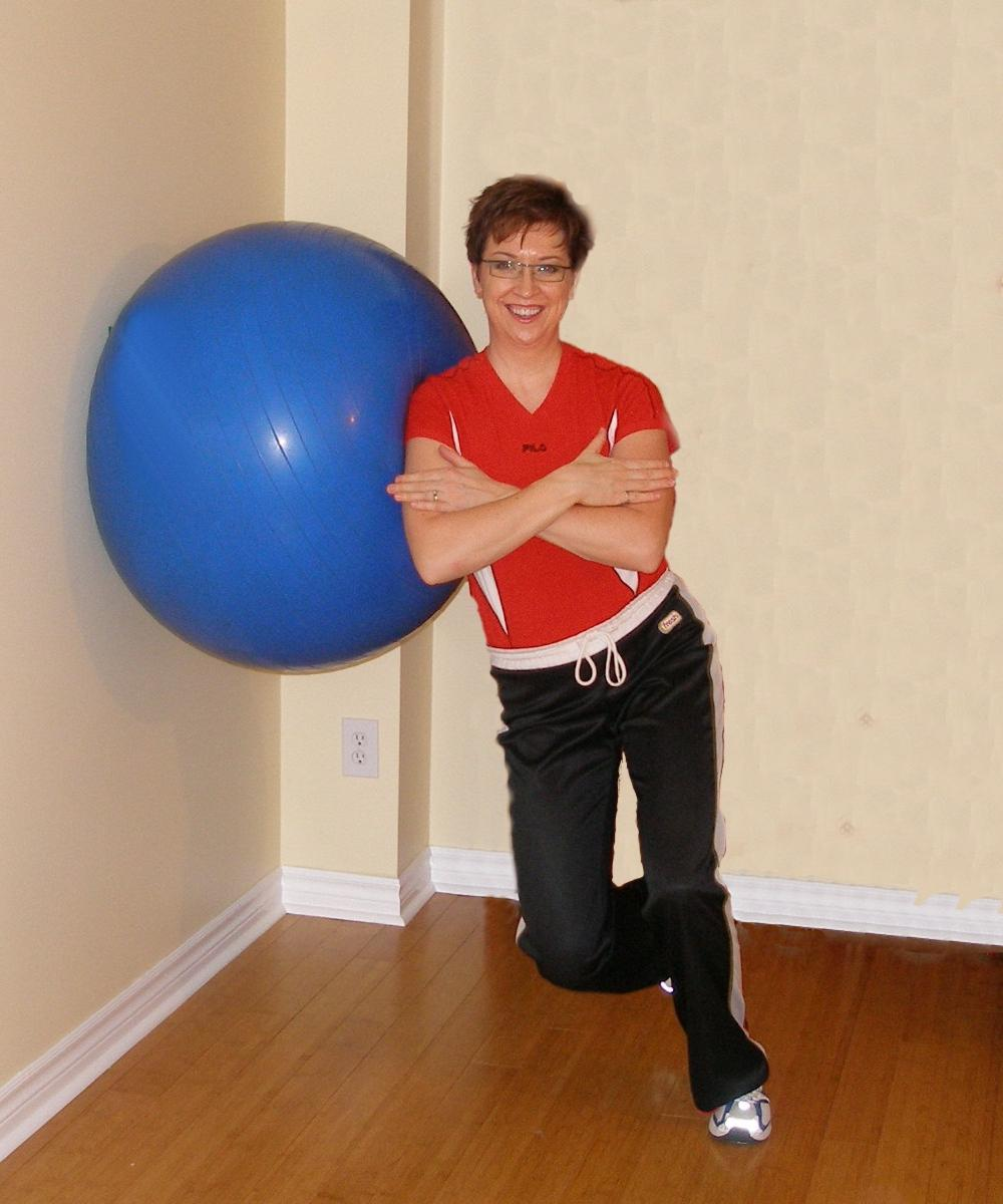 single leg side squat with the exercise ball