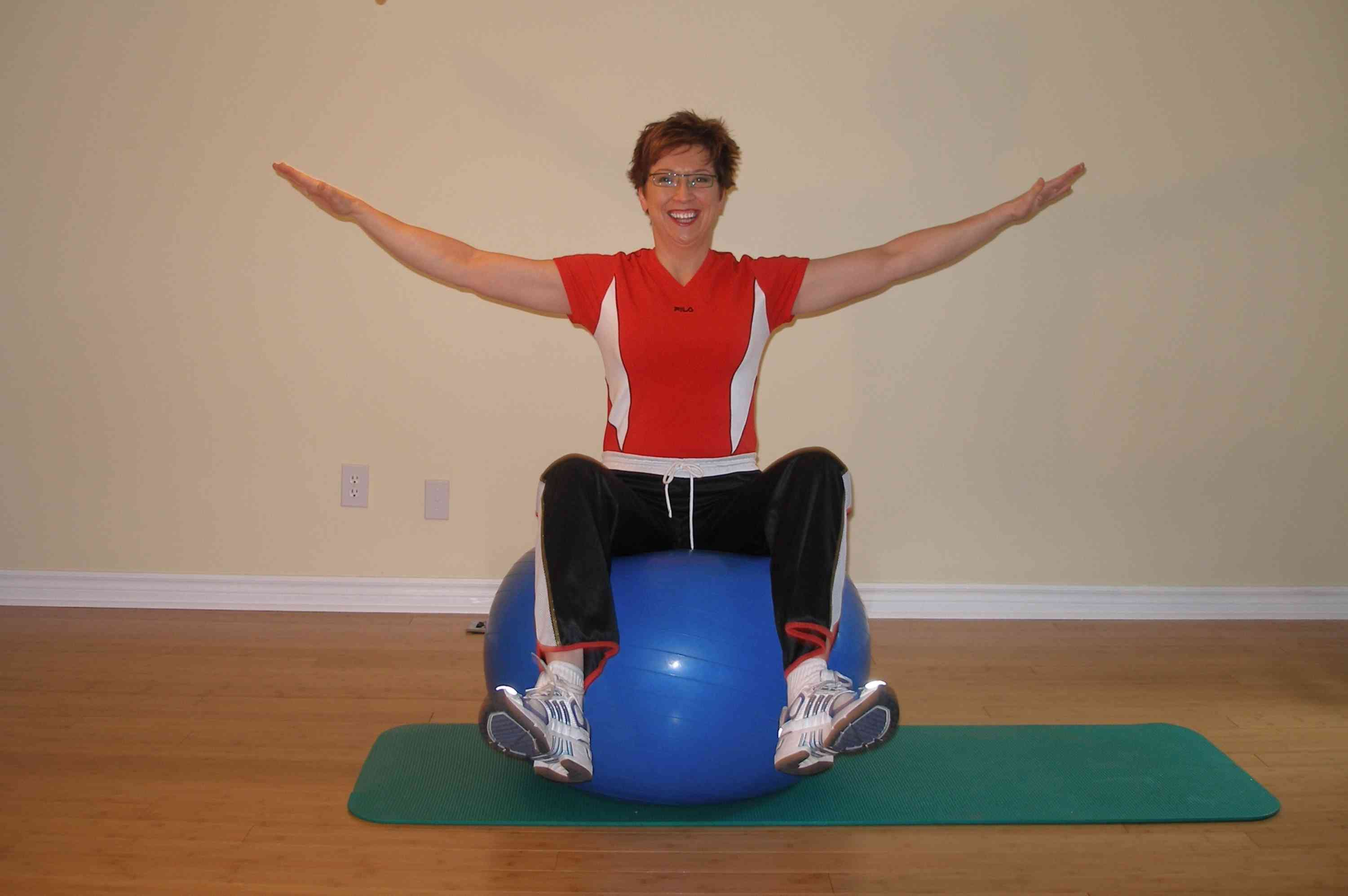 bilateral leg raise on a stability ball finish