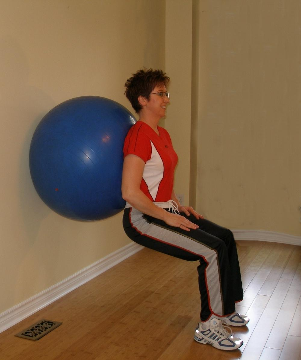 squat leg raise start
